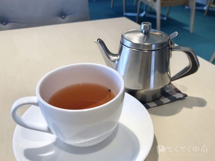 山梨県甲府市・甲府駅-Four Hearts Cafe d(フォーハーツカフェ ディー)山梨文化会館店の南部の和紅茶が美味