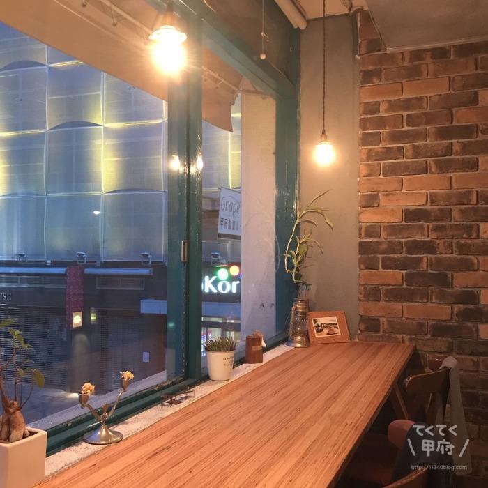 山梨県甲府市-CAFE MOALA(カフェモアラ)店内