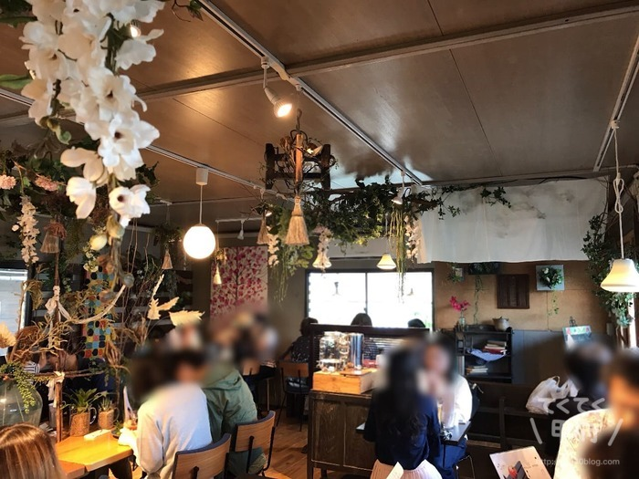 山梨-桃農家カフェ ラ・ペスカ(店内)