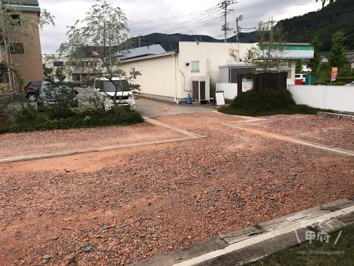 山梨県笛吹市石和町-icci KAWARA COFFEE LABO(駐車場)