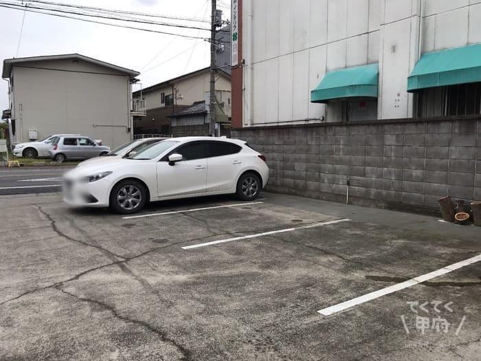 山梨県甲府市-【Tane】AKITO COFFEE(アキトコーヒー)焙煎所(駐車場)