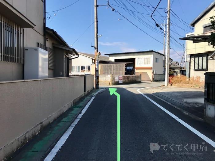 山梨県昭和町-珈琲 mou(むぅ)駐車場