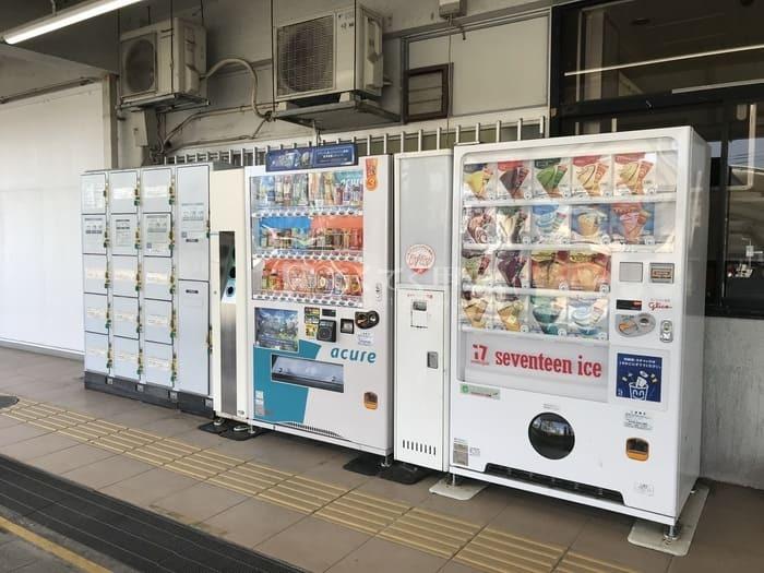 JR中央本線韮崎駅(コインロッカー)