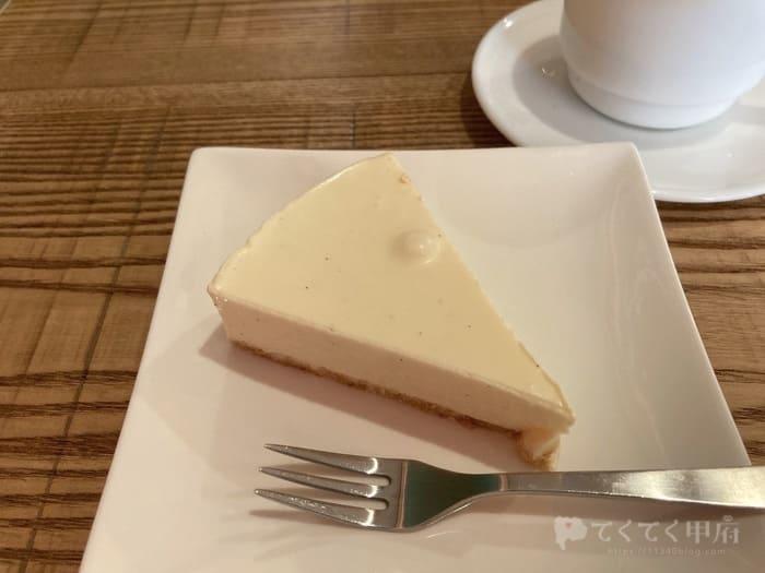 山梨県北杜市高根町-スコヤコーヒー(レアチーズケーキ)