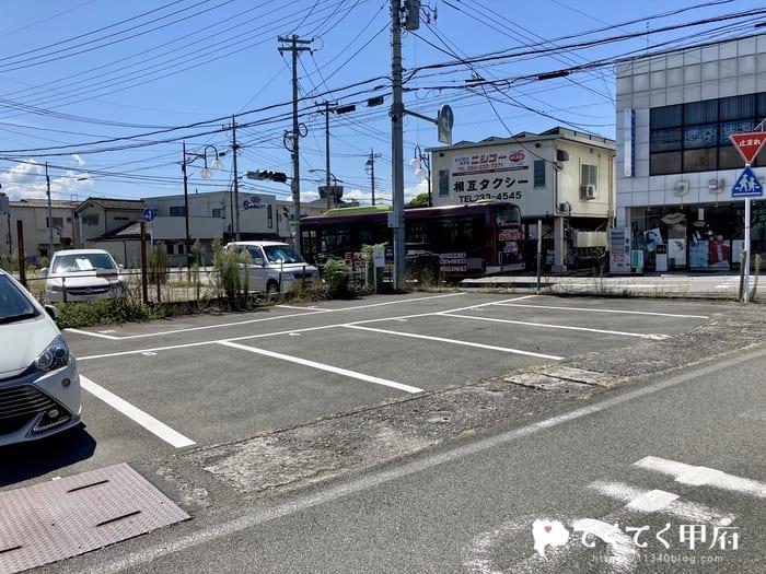 山梨県甲府市太田町-えんむすびの駐車場